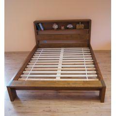 Łóżko drewniane Italio 140x200 z półką w zagłówku