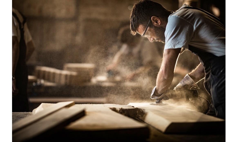 Dobry producent mebli drewnianych czyli dlaczego warto inwestować w najwyższą jakość